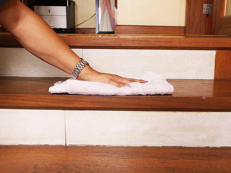 راهنمای نظافت راه پله